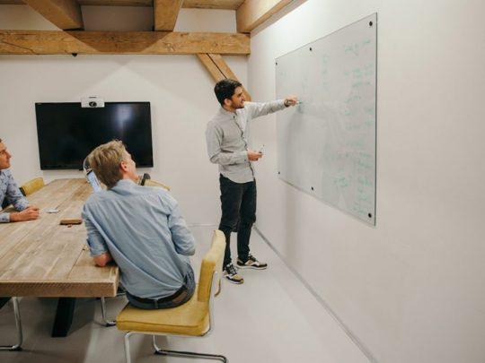 whiteboard vergadering